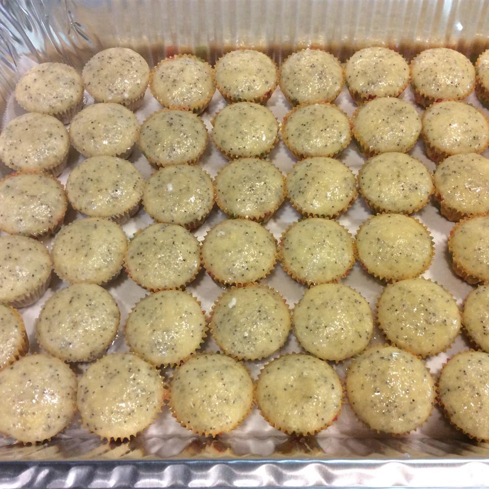 Lemon Poppy Seed Bread shannon