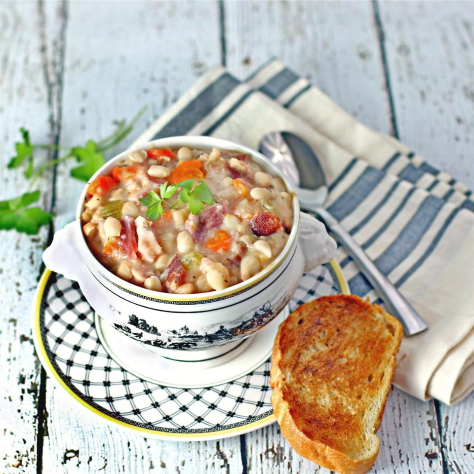 Navy Bean and Ham Hock Soup