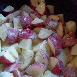 Slow Cooker Garlic Mashed Potatoes homeschooler3