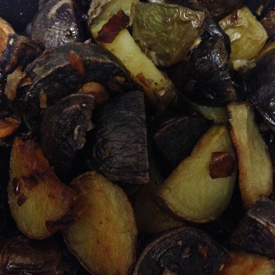 Oven Roasted Baked Potatoes vmaratas