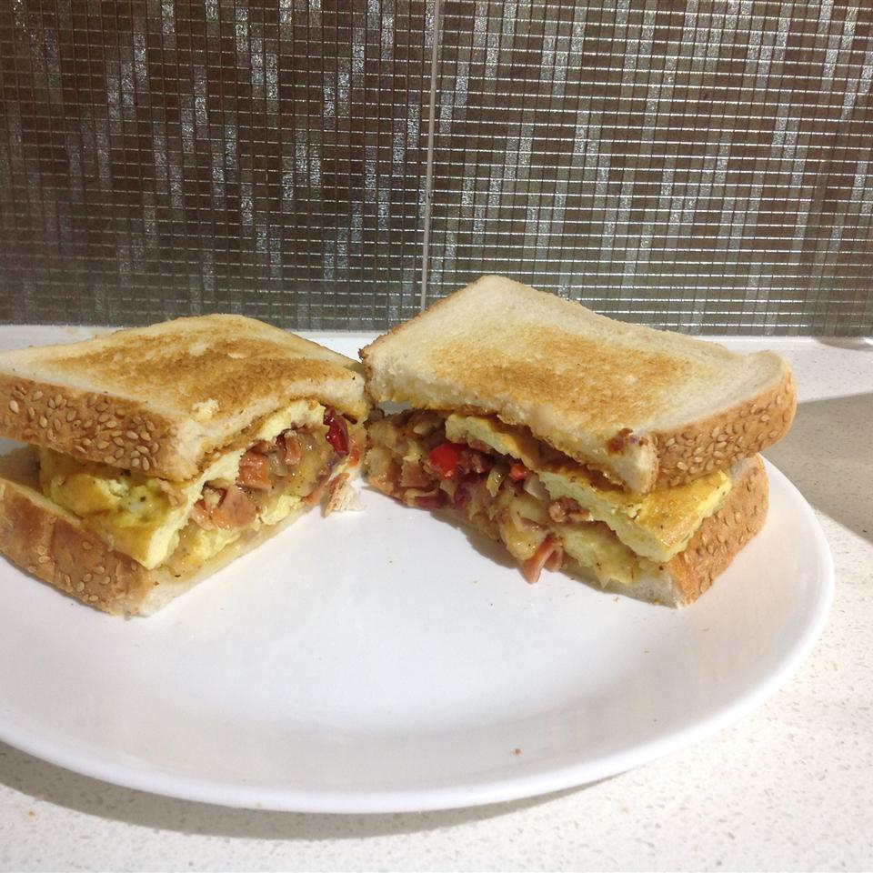 The Breakfast Omwich AndrewJDN