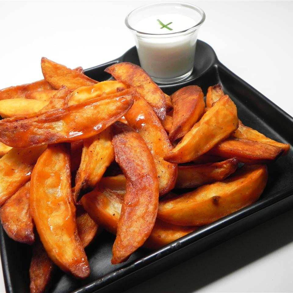 Easy Buffalo Potato Wedges