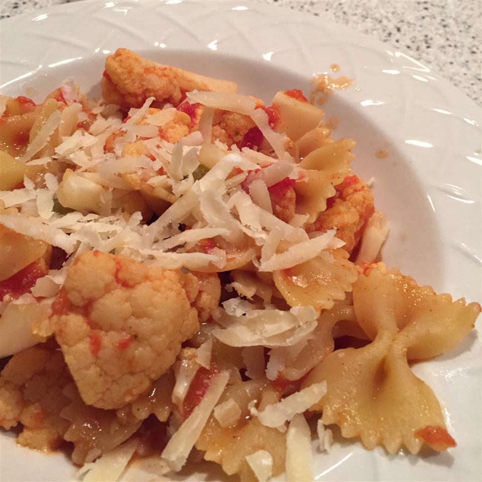 The Fridge Scavenger's Tomato and Cauliflower Pasta Katie Anderson