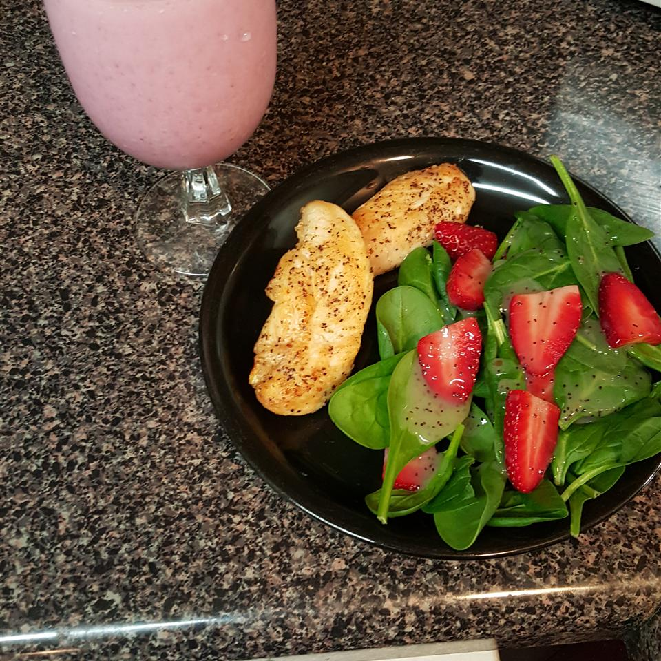 Everyone's Favorite Spinach Salad with Poppy Seed Dressing GOHIPP