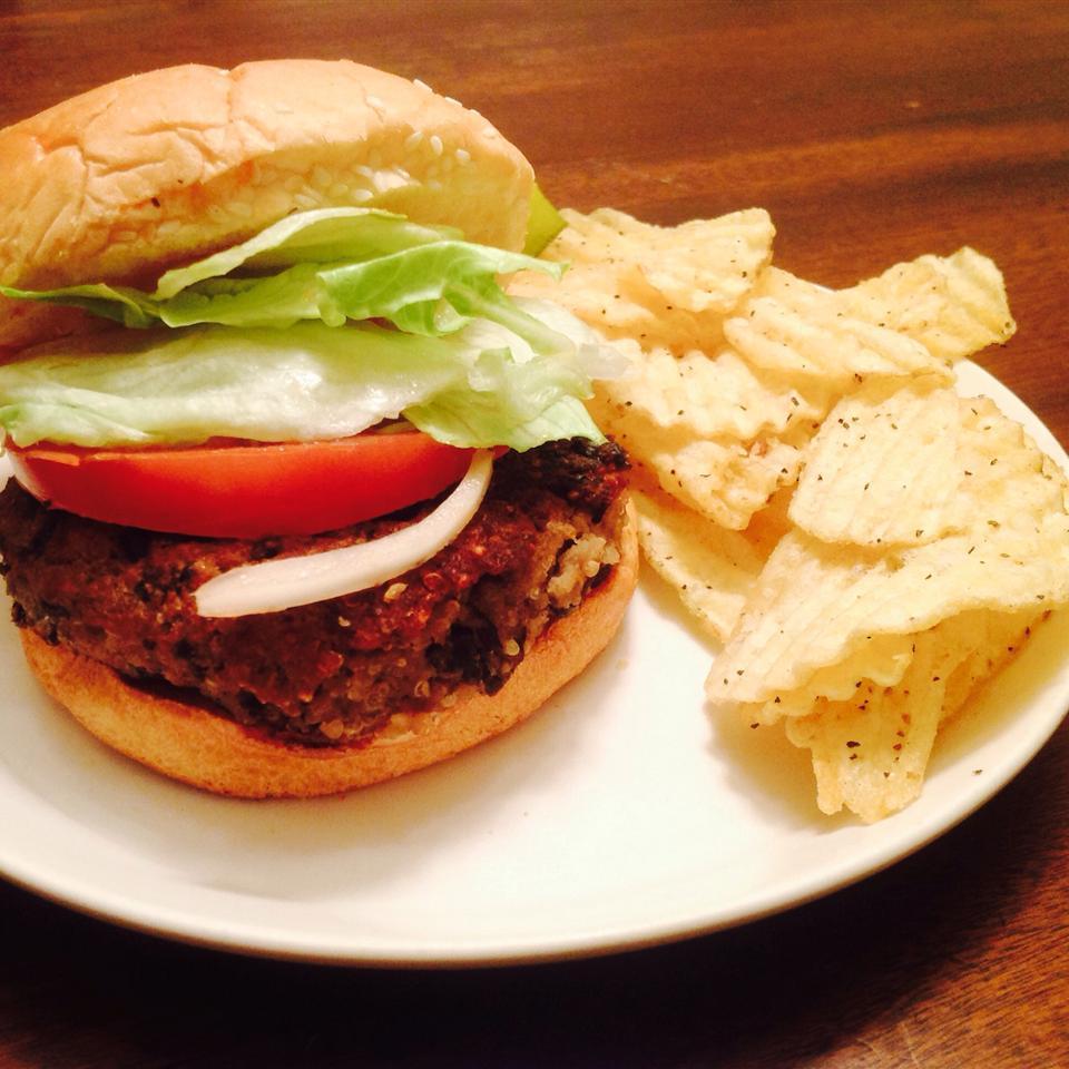 Black Bean Quinoa Veggie Burgers