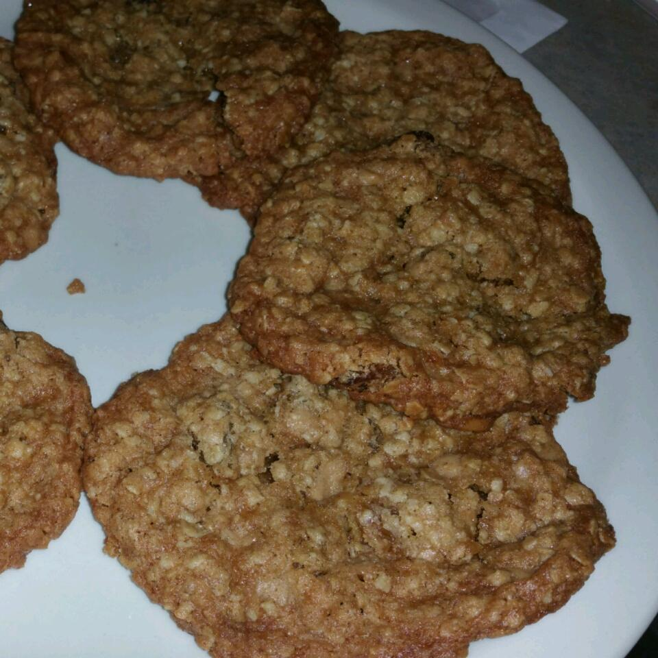 Oatmeal Raisin Toffee Cookies