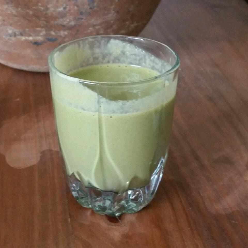 Breakfast Banana Green Smoothie amkita