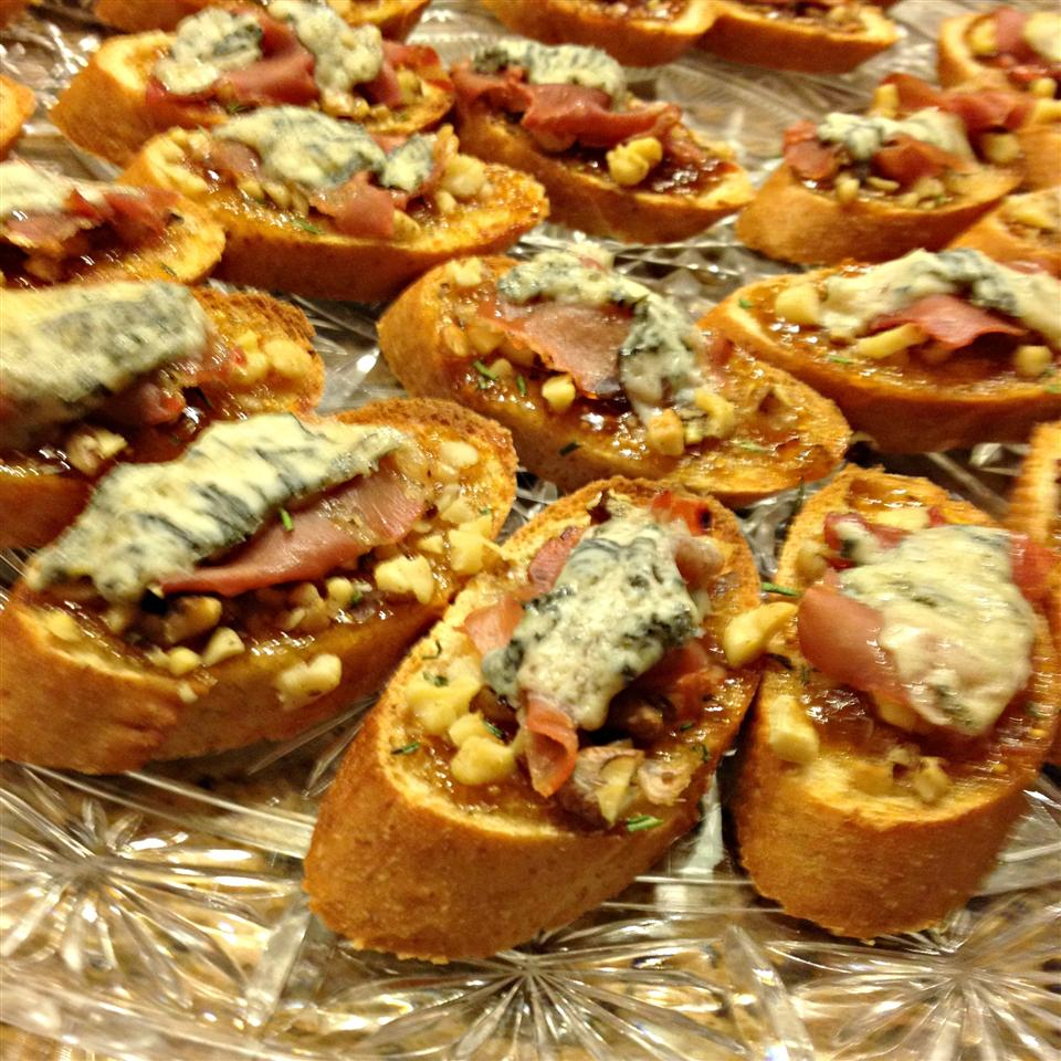 Fig-Proscuitto Crostini Kim's Cooking Now