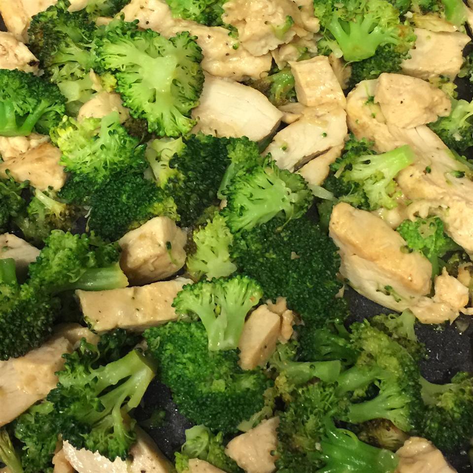 Easy Lemon and Garlic Broccoli smoschultz