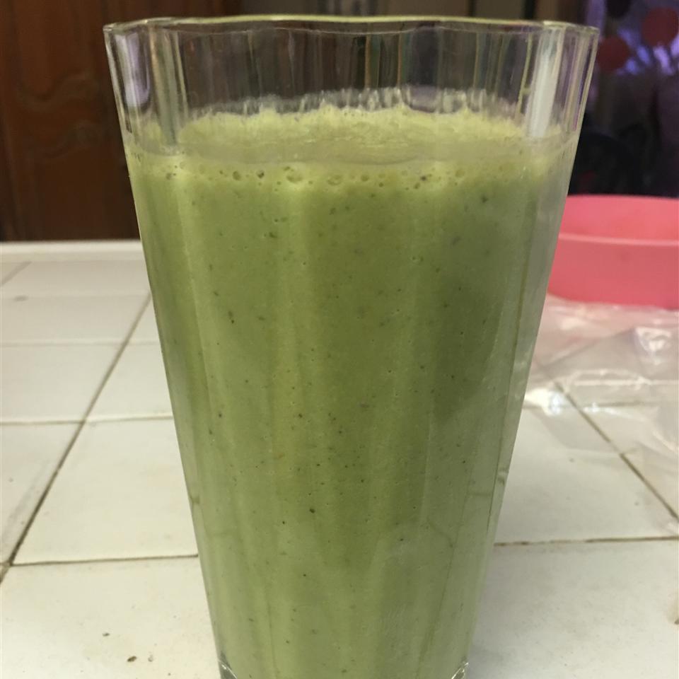Breakfast Banana Green Smoothie