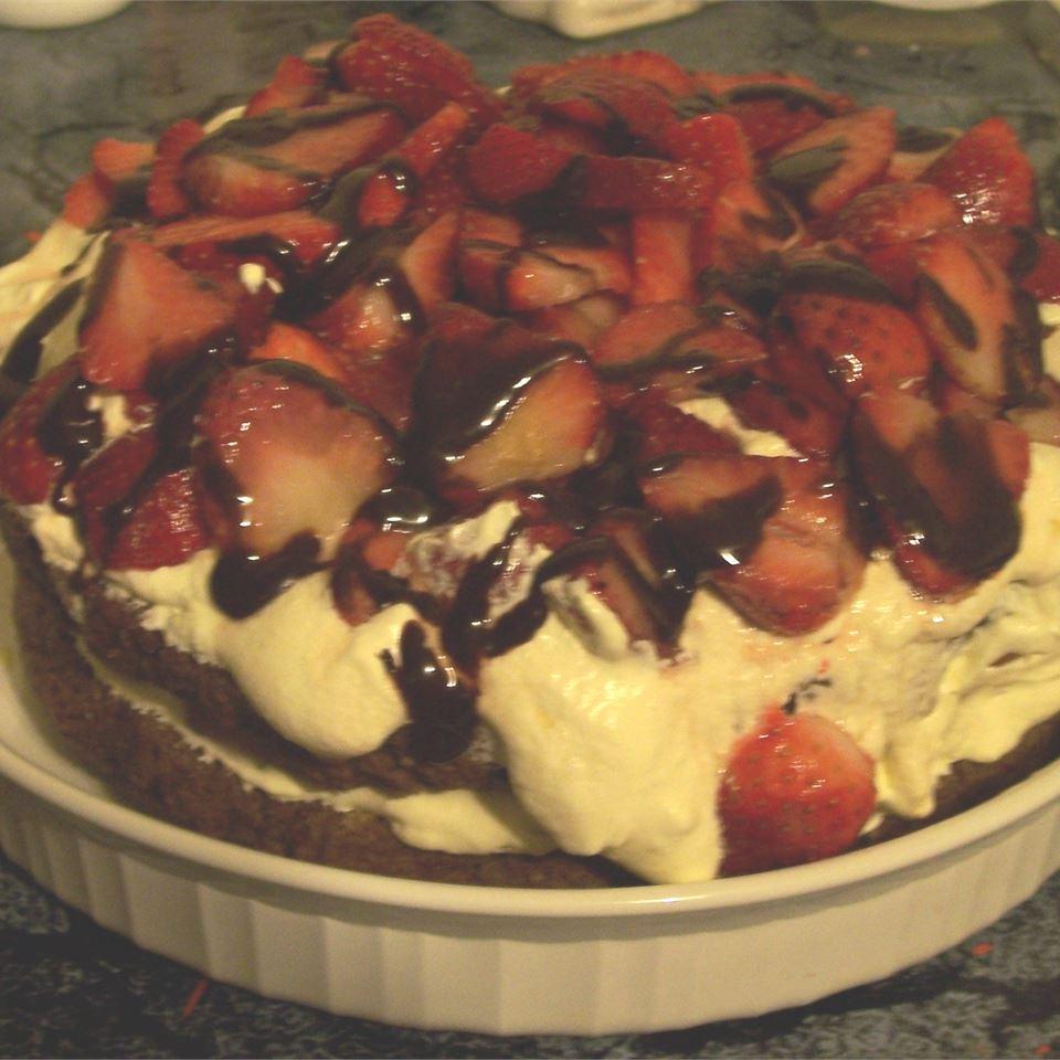 Simple Chocolate Strawberry Shortcake michelle_cows