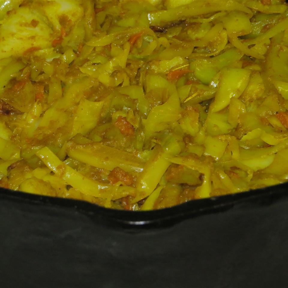 Ethiopian Cabbage and Potato Dish (Atkilt) Dave G