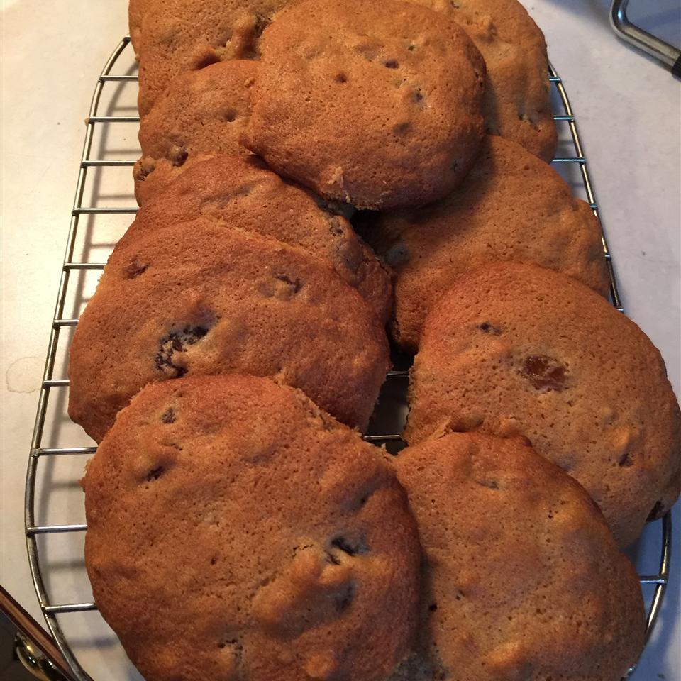Jumbo Raisin Cookies Scott Balun