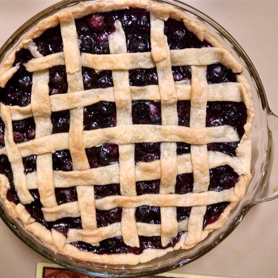 Fresh Blueberry Pie I Alta Franke