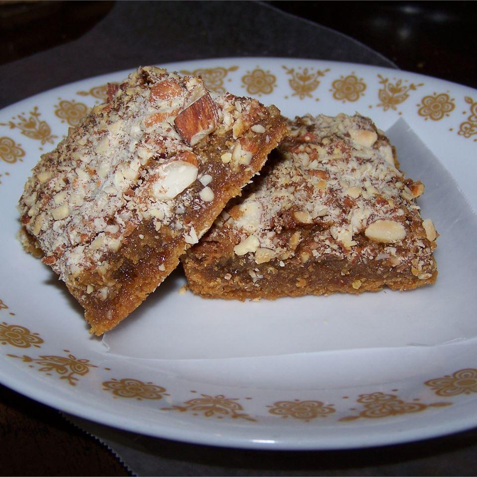 Pecan Pie Bars with Cake Mix