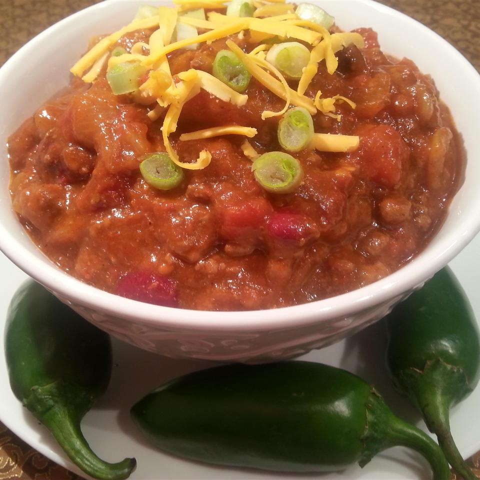 Frank's Spicy Alabama Onion Beer Chili
