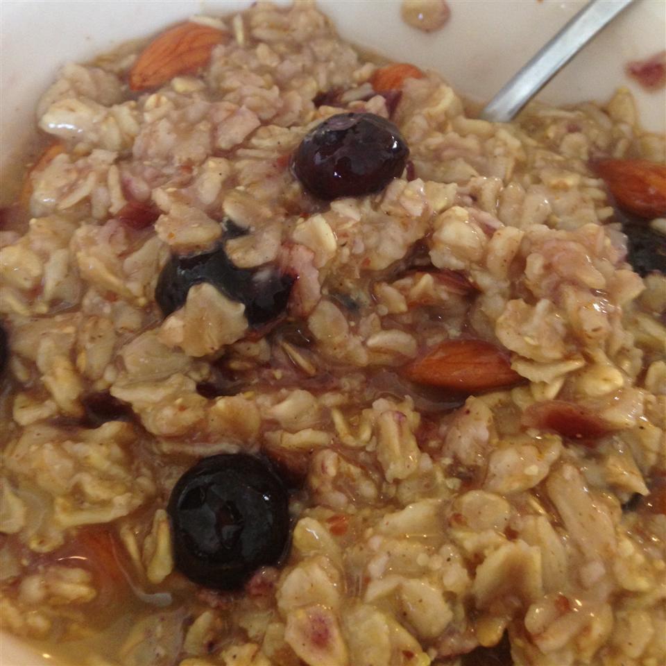 Cranberry-Orange Spiced Oatmeal Dana