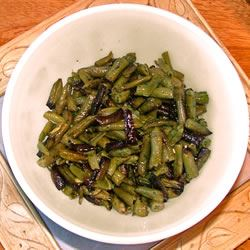 Fasoliyyeh Bi Z-Zayt (Syrian Green Beans with Olive Oil) Lesley