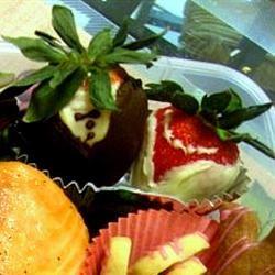 Chocolate Strawberries LauraBento