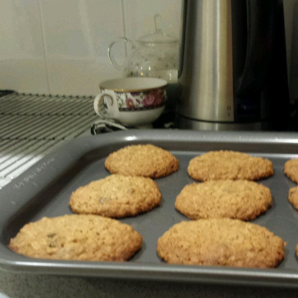WWII Oatmeal Molasses Cookies Rebecca Chin