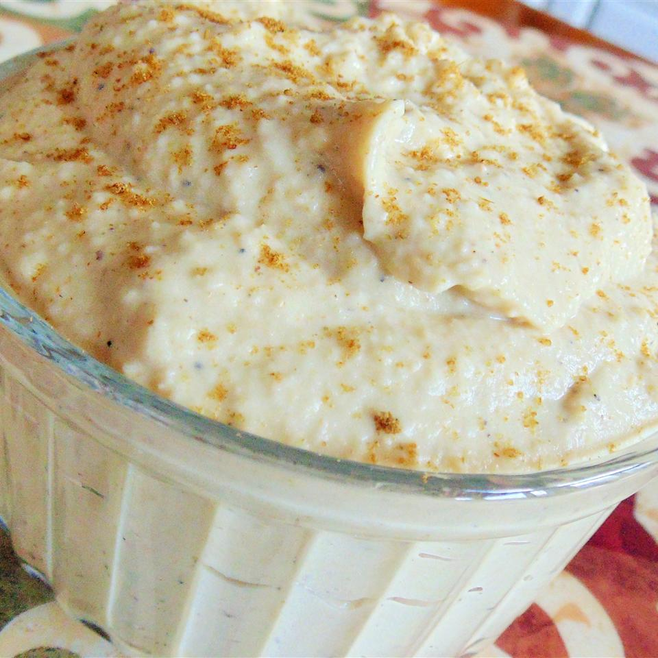 Fulla's Roasted Garlic Hummus