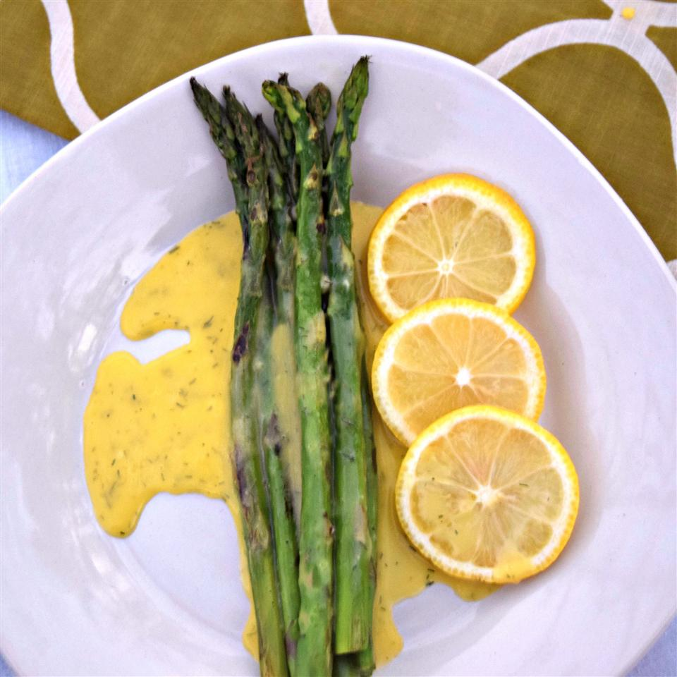 Easy Dill Hollandaise Sauce