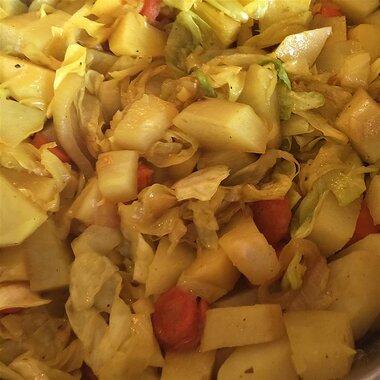 ethiopian cabbage and potato dish atkilt recipe