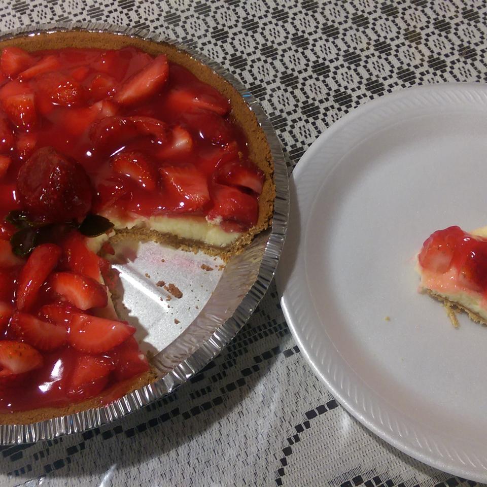 Fresh Strawberry Cheesecake Pie Alejandra Lopez