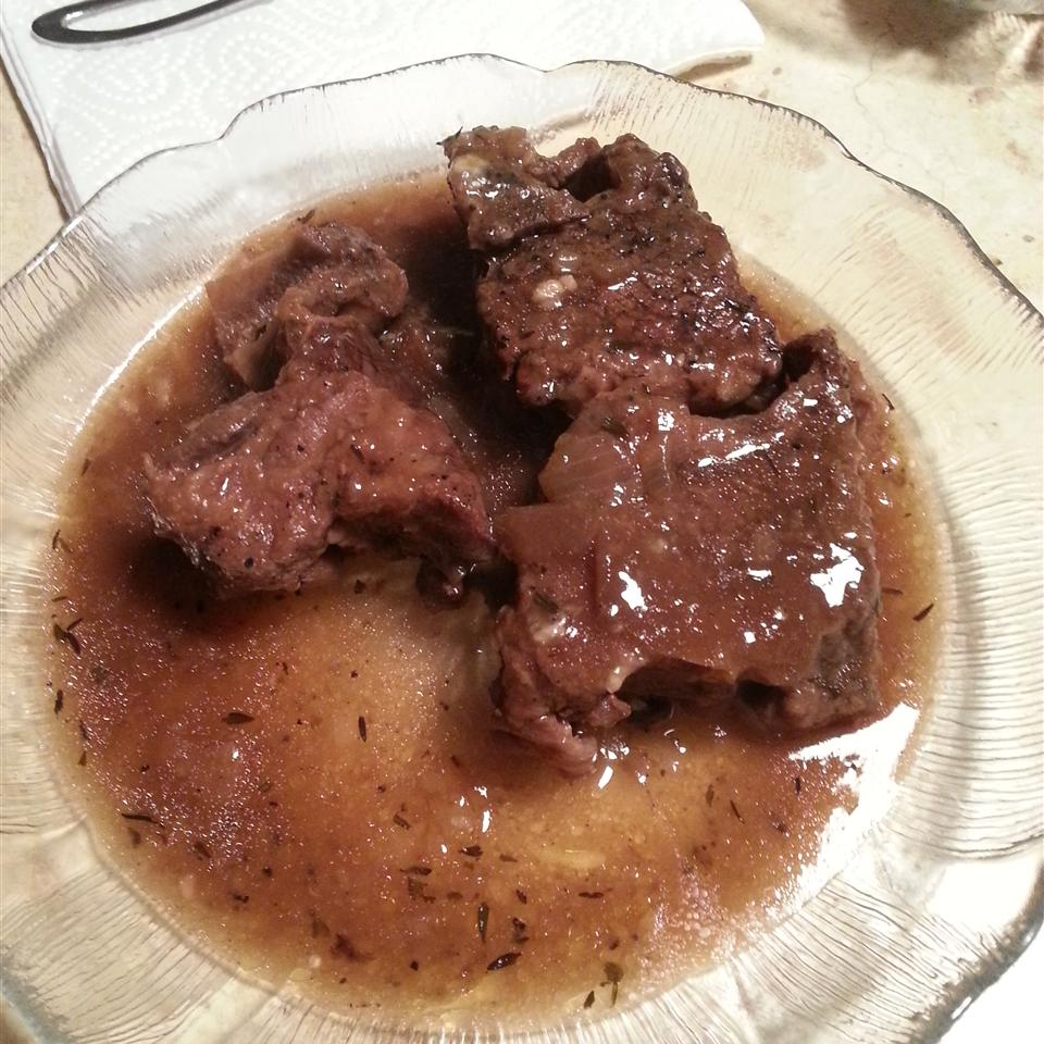 Smothered Beef Short Ribs Margo