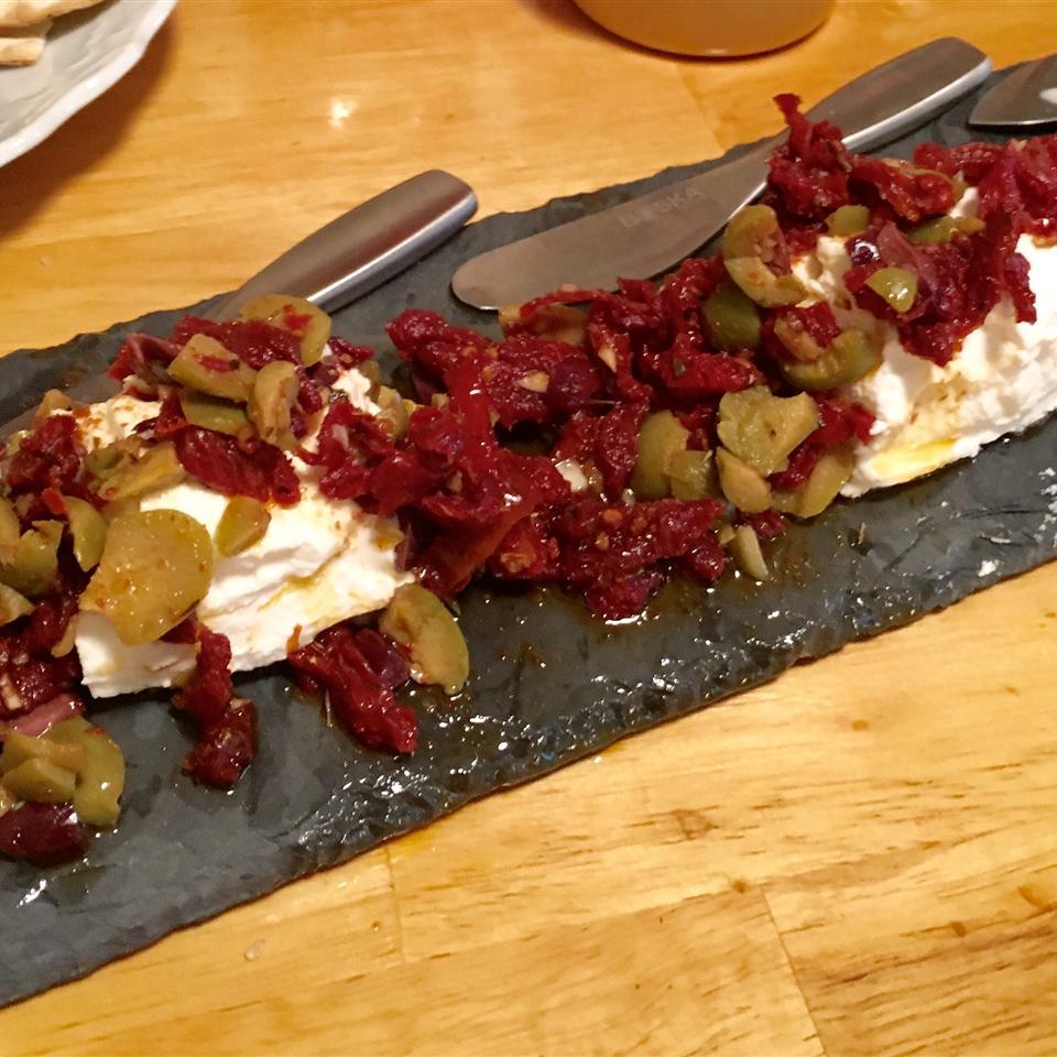 Sundried Tomato Tapenade Olivia