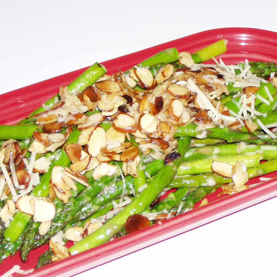 Asparagus with Sliced Almonds and Parmesan Cheese PENG1DEB