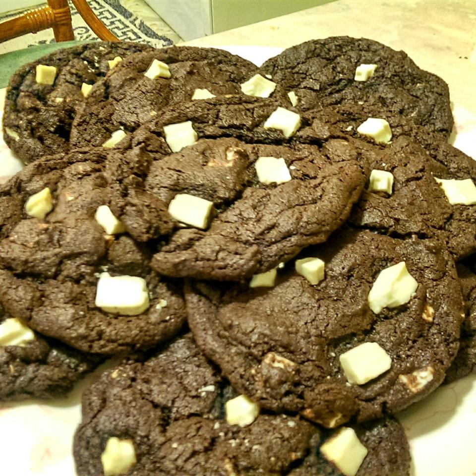 White Chocolate, Chocolate Cookies pantheraleon