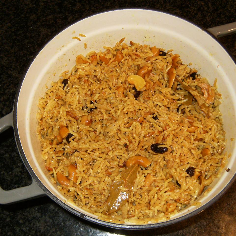Indian-Style Rice with Cashews, Raisins and Turmeric