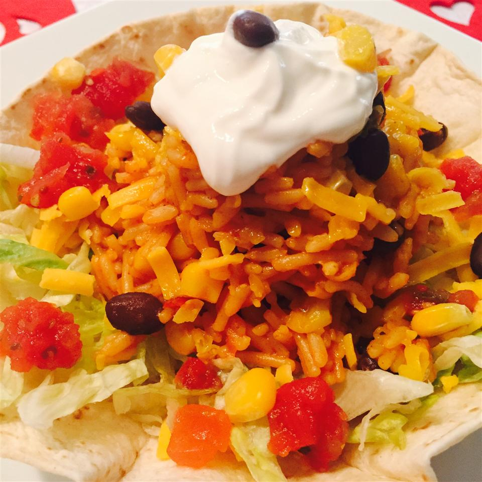 Southwestern Taco Salad thedailygourmet