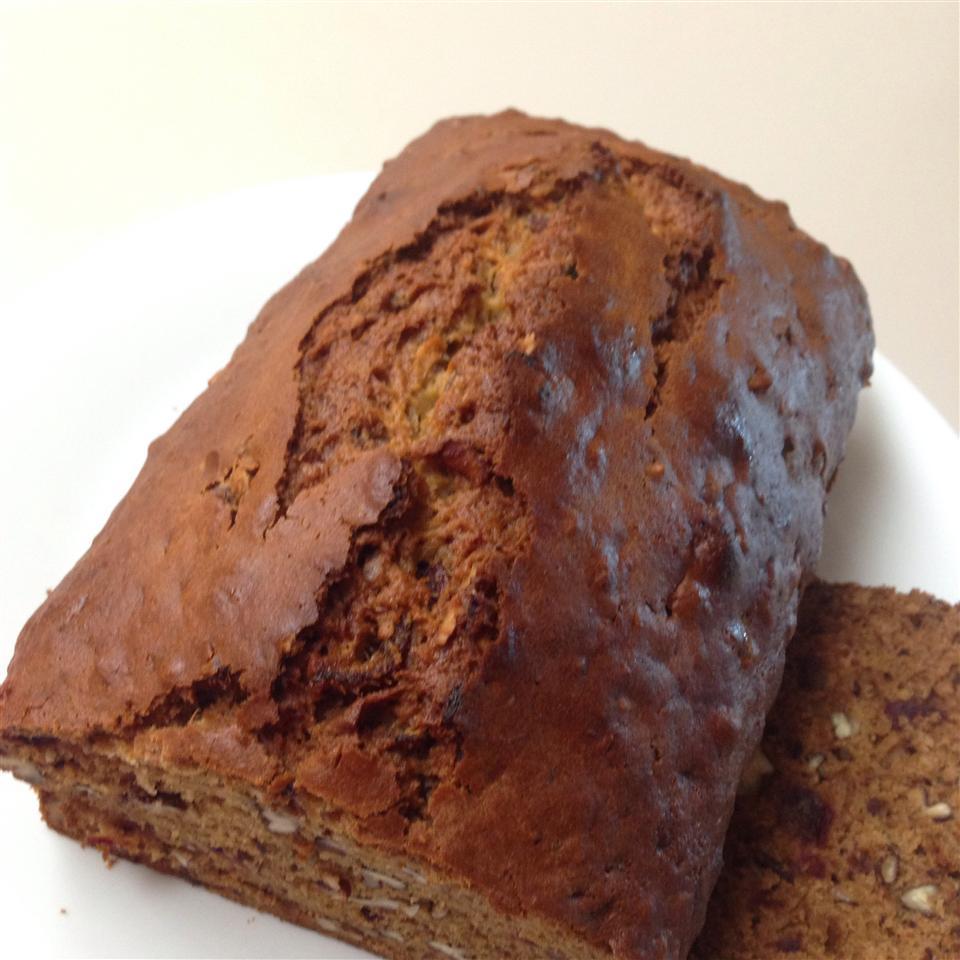 Dee's Date and Nut Bread Nan