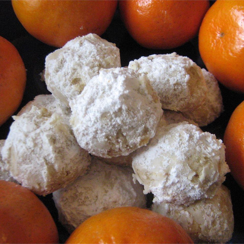 Walnut Balls Ildefonso