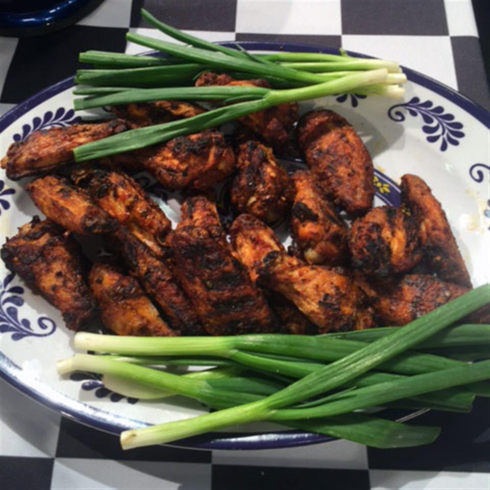 Juicy Extra Flavored Grilled Chicken Wings Trusted Brands
