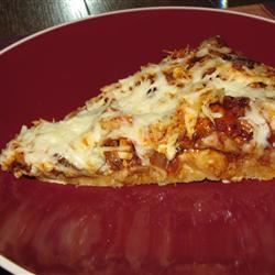 Husband-Friendly Chicken Pizza Catlin