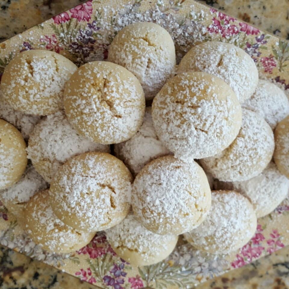 Italian Butterball Cookies iluvlax