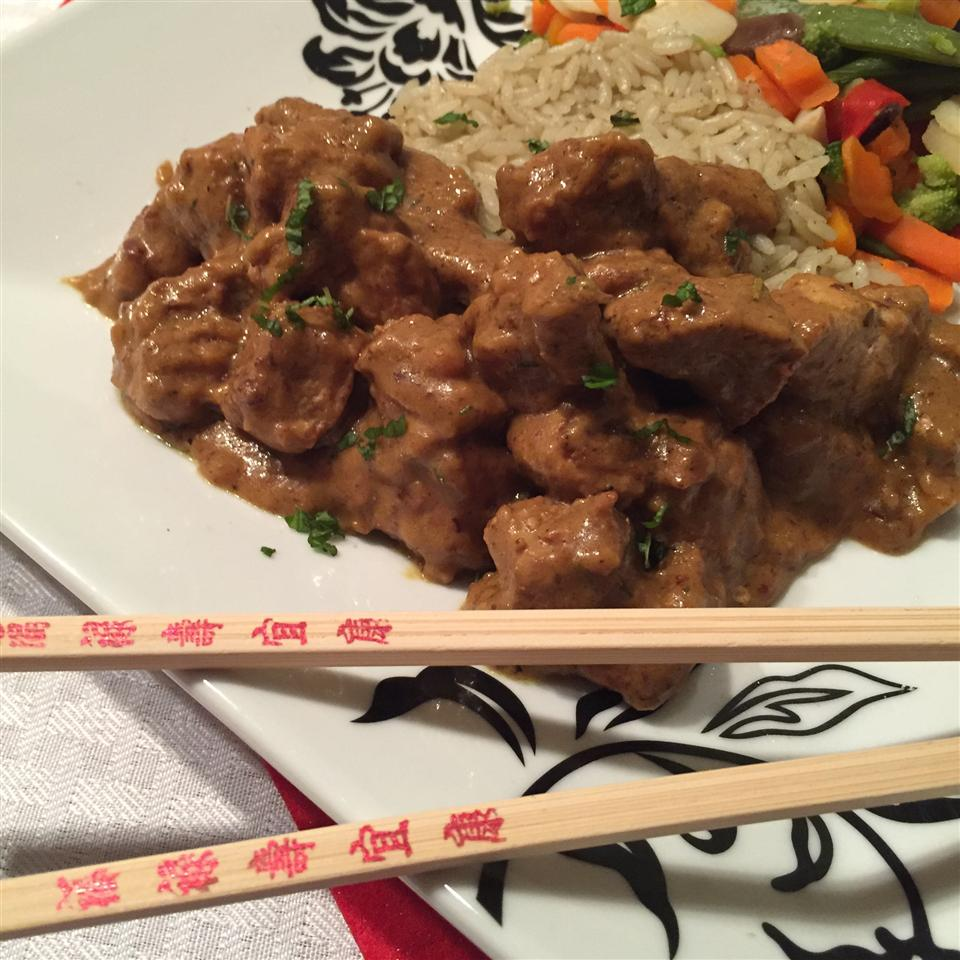 Spicy Pork Curry thedailygourmet