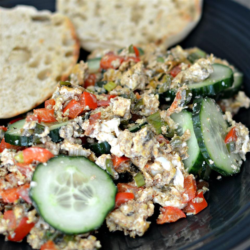 Spicy Egg Cucumber Salad