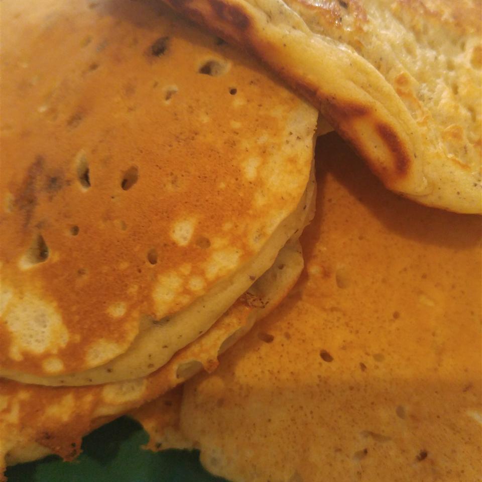 Extra-Yummy Fluffy Pancakes amalu17