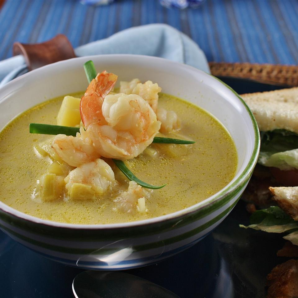 Leek and Potato Soup with Shrimp naples34102