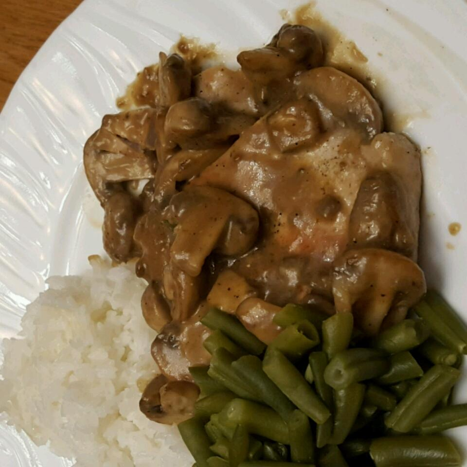 Pork Chops in Mushroom Gravy Shelley. P