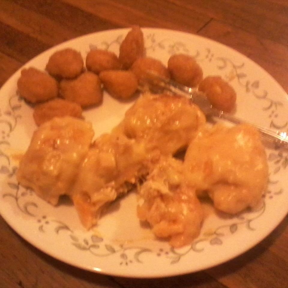 Chicken and Cheese Crescents Rolanda Horn