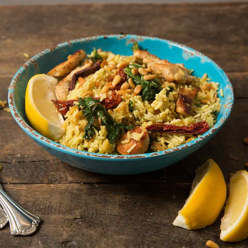 Tuscan Chicken Skillet with Kale & Sun-Dried Tomatoes Knorr