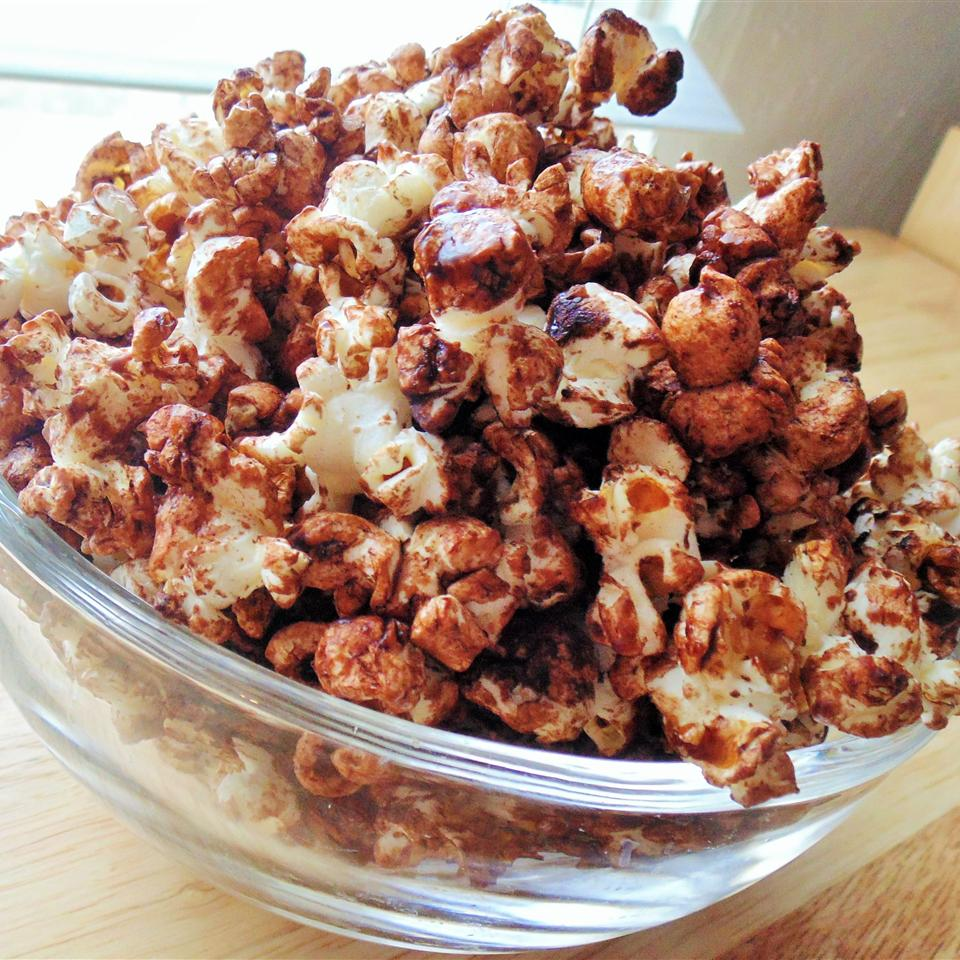 Stovetop Dark Chocolate Popcorn