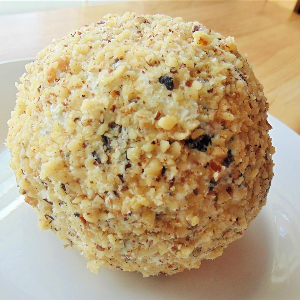 Mom's Cheese Ball