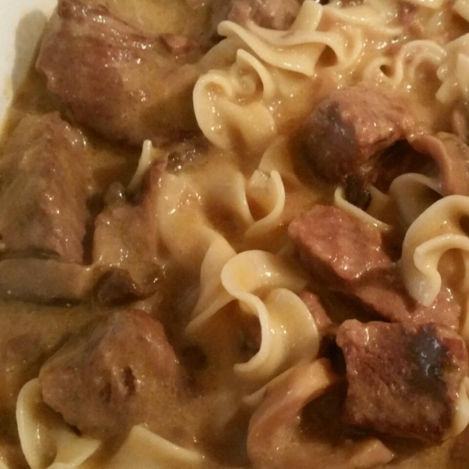 Slow Cooker Beef Stroganoff II kris042971