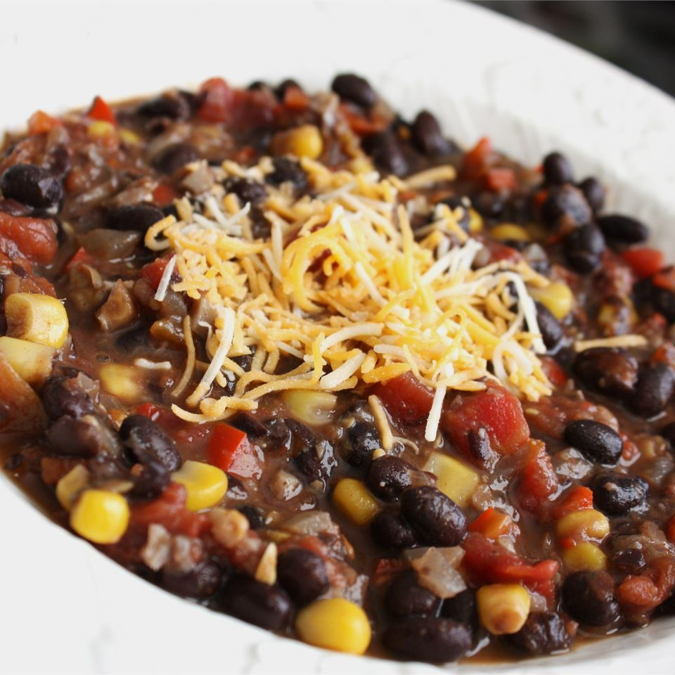 "Here's a vegetarian chili starring black beans and lots of vegetables including jalapeno peppers, bell peppers, corn, mushrooms, and roma tomatoes. ""It's a great alternative to typical beef chili,"" says LEE THRASH."